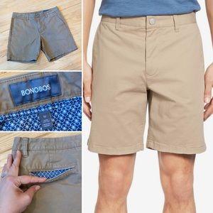 Bonobos 7 inch inseam khaki shorts in size 32